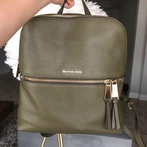 Michael Kors Rhea Slim Bag Medium